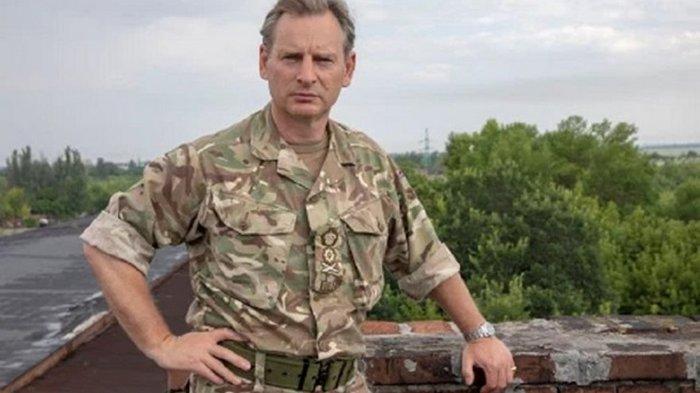 Британский генерал выпрыгнул с вертолета на учениях и потерялся – СМИ