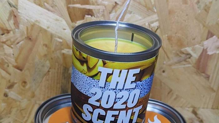 Выпущена свеча с запахом 2020 года