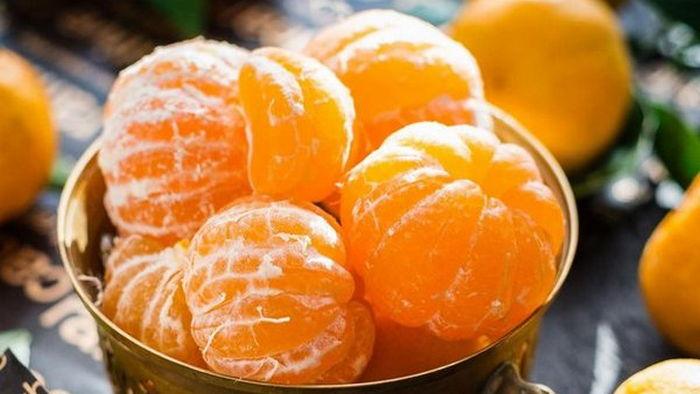 Как правильно есть мандарины: ответ медиков
