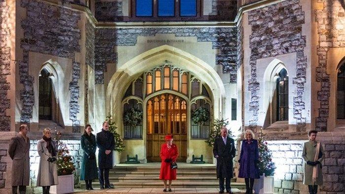 Елизавета II впервые с начала карантина повидалась с родными