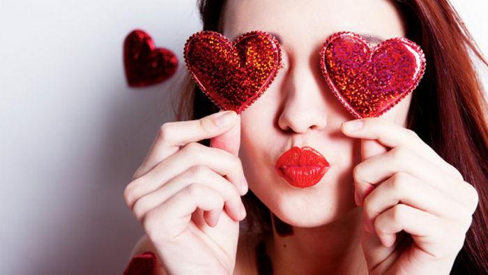 Что подарить девушке на 14 февраля: лучшие из идей