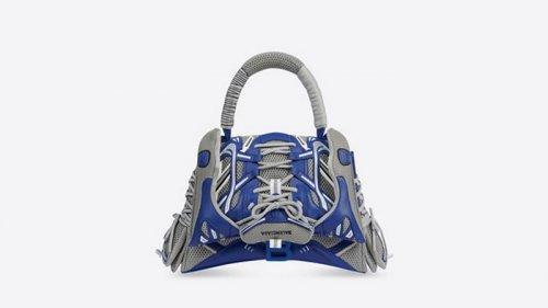 Balenciaga представил сумку из кроссовок (фото)