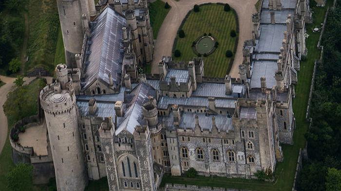 В Британии открыли для посещения замок. Спустя три дня оттуда вынесли реликвии на 1 млн £