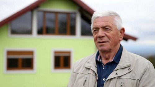 У Боснії чоловік збудував дружині дім, що обертається. Вона просила урізном...