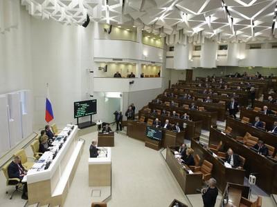 Совет Федерации РФ отменил свободную торговлю с Украиной
