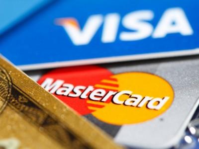 Visa и MasterCard отключили ряд банков РФ — СМИ