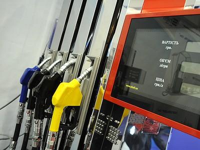 Нефть подешевела почти на 50% или почему бензин не стоит 15 гривен