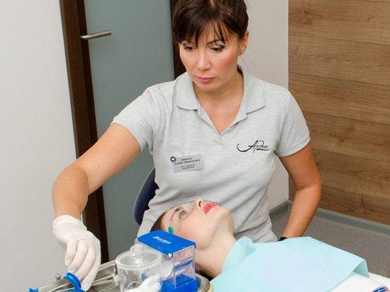 Естетична стоматологія: Як можна змінити форму та колір зубів?