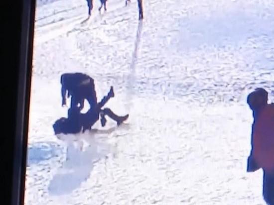 В Киеве отец школьника избил учителя (видео)
