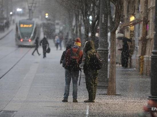 В Иерусалиме впервые за несколько лет выпал снег