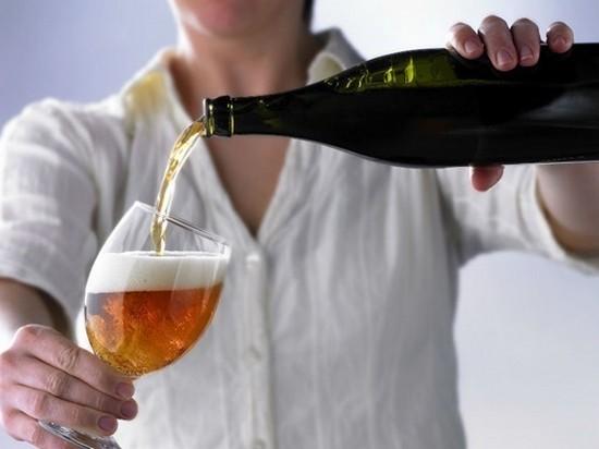 Исследователи рассказали, как правильно пить пиво