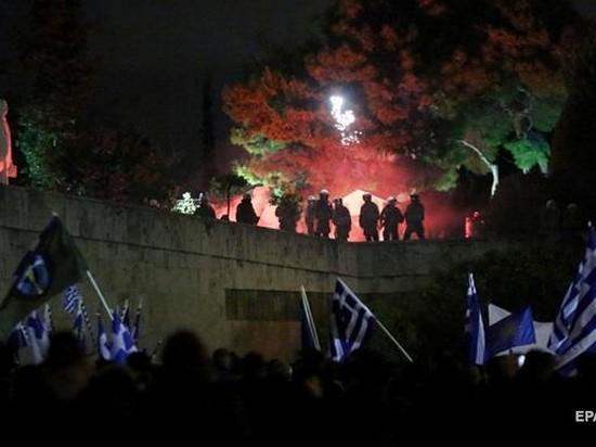 В Афинах массовые беспорядки: задержаны сотни человек