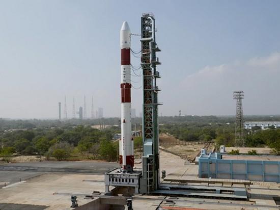 Индия вывела в космос рекордно легкий спутник