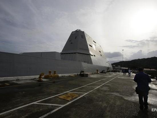 ВМС США пополнил ультрасовременный стелс-эсминец (видео)