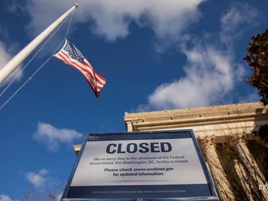 Белый дом не согласен с оценкой потерь от «шатдауна»