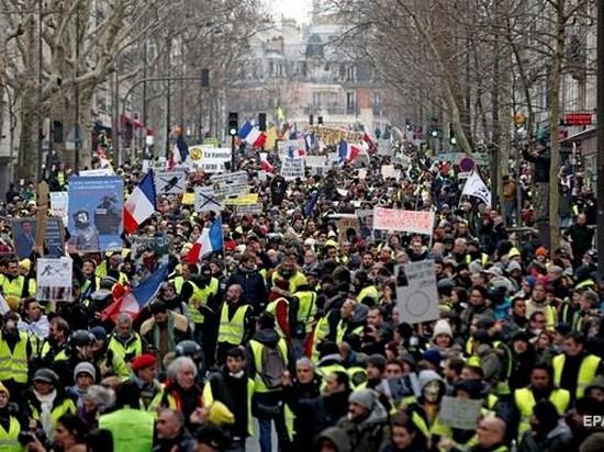 Во Франции «желтые жилеты» готовятся к новой акции протеста