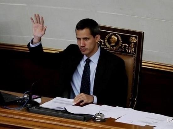 Гуайдо допустил применение военной силы против Мадуро