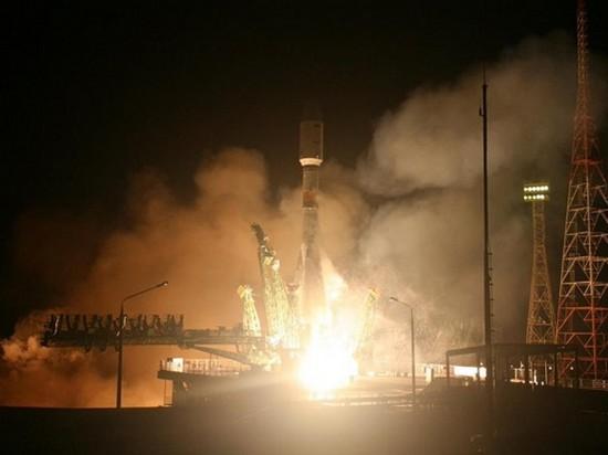 РФ запустила ракету Союз с египетским спутником