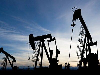 Нефть снова дешевеет на новостях из США