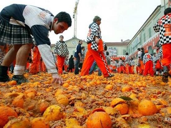 В Италии стартует «апельсиновое побоище»