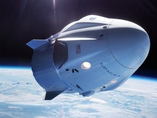 SpaceX впервые запустила к МКС корабль Crew Dragon (видео)