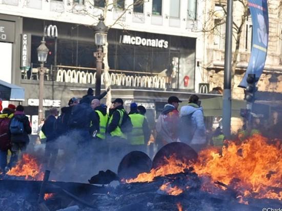 Столкновения в Париже: ранены более 60 человек