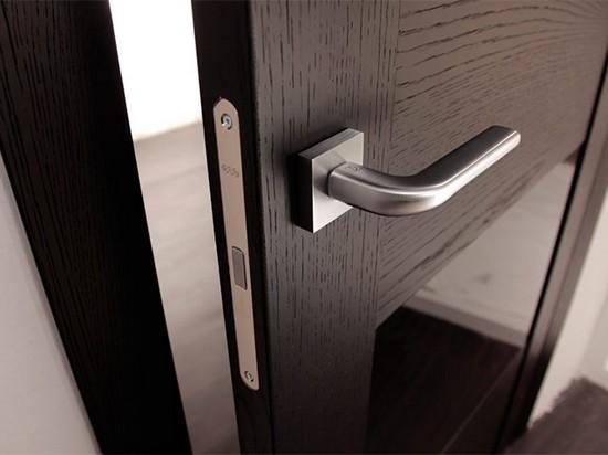 Принцип работы магнитного замка для межкомнатной двери