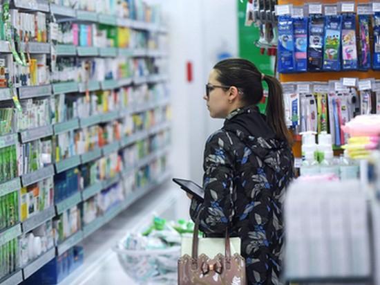 Навязывающих лекарства фармацевтов в РФ предложили наказывать