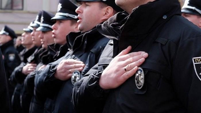 В Украине за год пострадали 850 полицейских