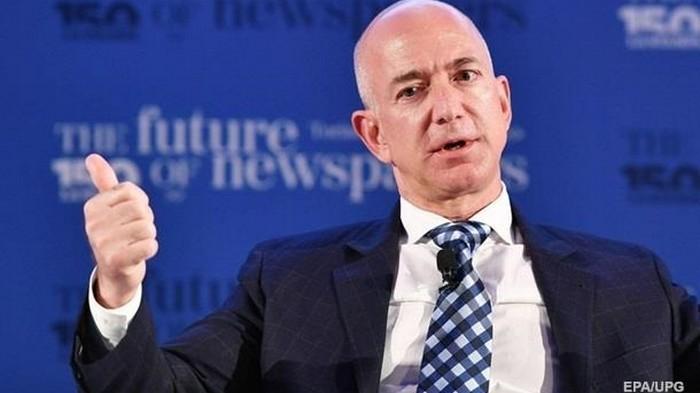 Стало известно, кто взломал телефон главы Amazon Безоса