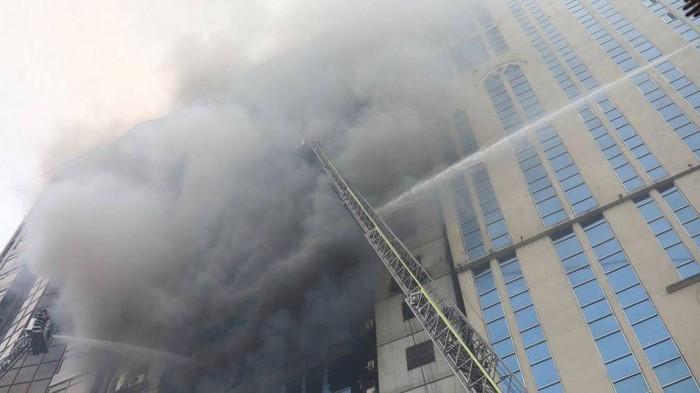 Пожар в небоскребе в столице Бангладеш: количество жертв возросло до 25