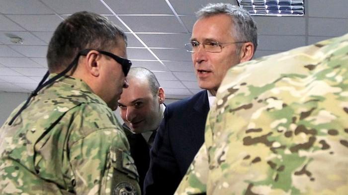 Йенс Столтенберг пробудет генсеком НАТО на два года дольше