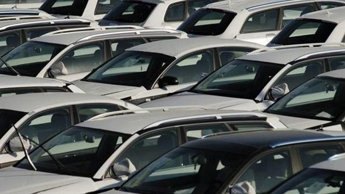 За два месяца в Украину ввезли авто на $700 миллионов