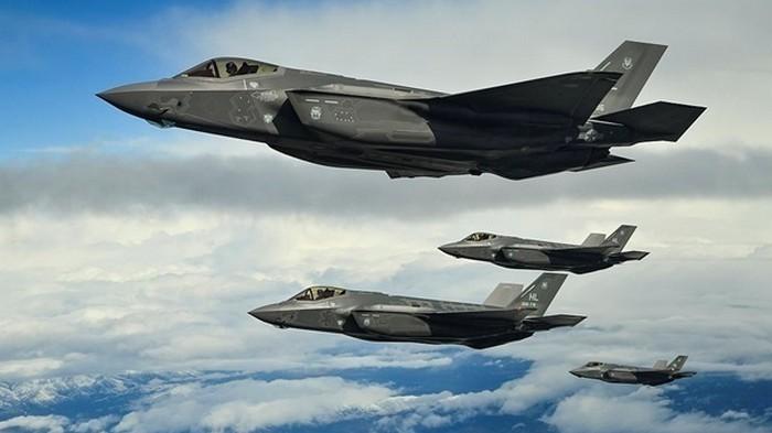 СМИ: Истребители США F-35 непригодны для боевых действий