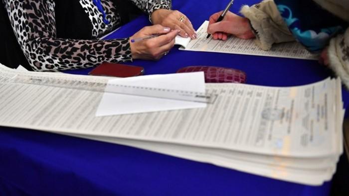 Во Львове на избирательном участке умер мужчина