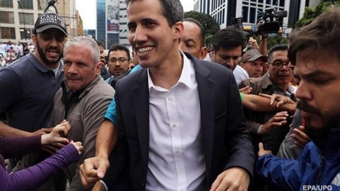 ЕС официально признал Гуайдо президентом Венесуэлы