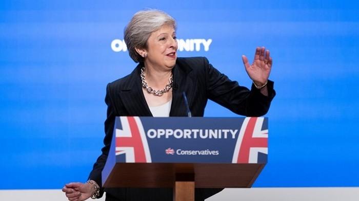 Мэй уйдет в отставку после завершения Brexit