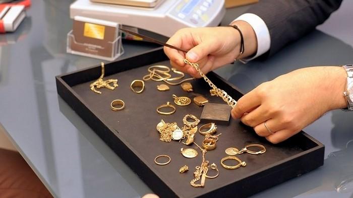 Золото под залог: как получить займ без потери имущества