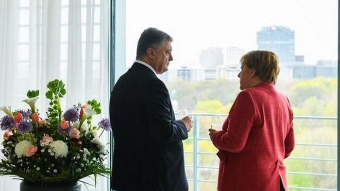 Меркель объяснила, почему не позвала в Берлин Зеленского