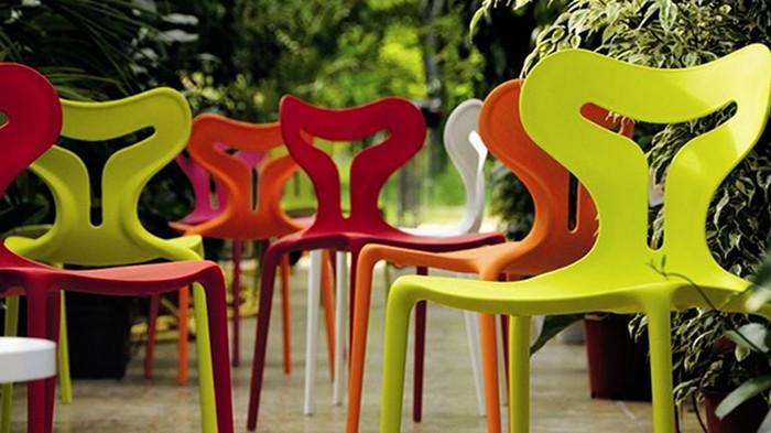 Пластиковая мебель — это удобно и практично