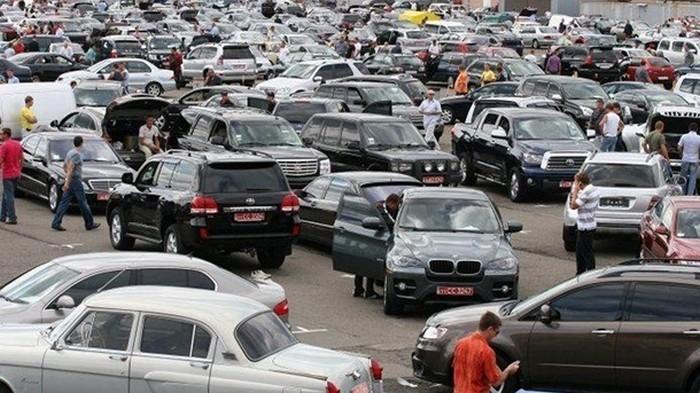 Водителям в Литве будут платить за отказ от старого авто