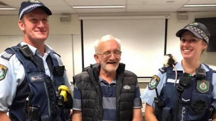 Полиция Австралии нашла и вернула бездомному ручную крысу, которую тот потерял