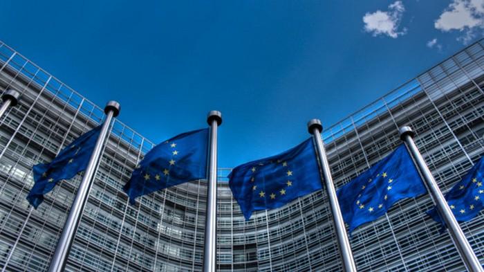 В Евросоюзе запретили продавать серную кислоту