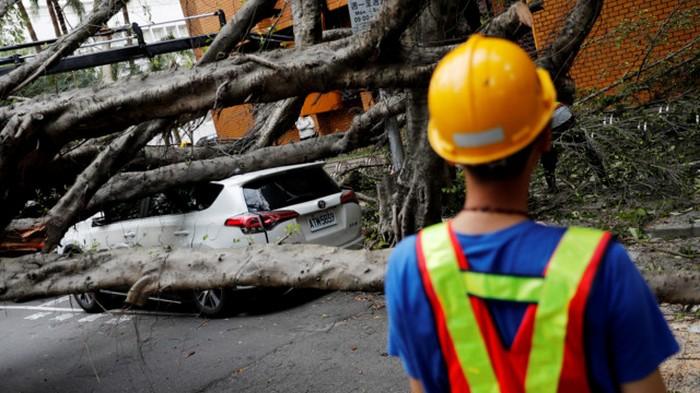 На Тайване случилось мощное землетрясение: фото последствий