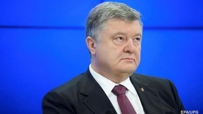 Порошенко снова не дождался Зеленского на дебаты