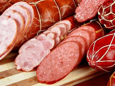 В Крыму сожгли почти 250 кг колбасы из Украины