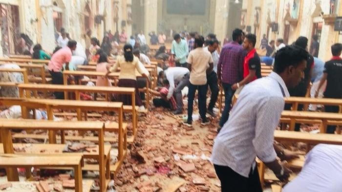 На Шри-Ланке во время пасхальной службы произошла серия взрывов (фото)