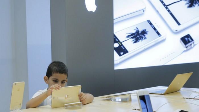 Молодой парень подал на Apple миллиардный иск: подробности скандала