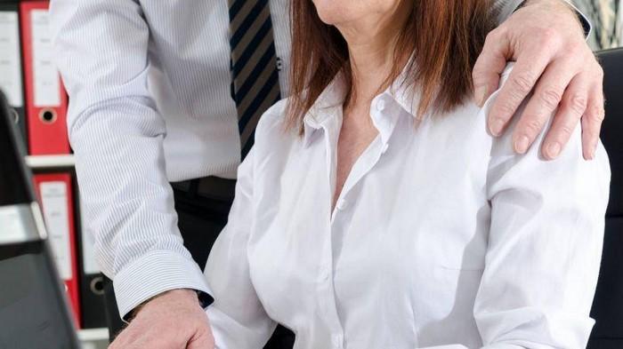 В Грузии начали действовать штрафы за сексуальные домогательства