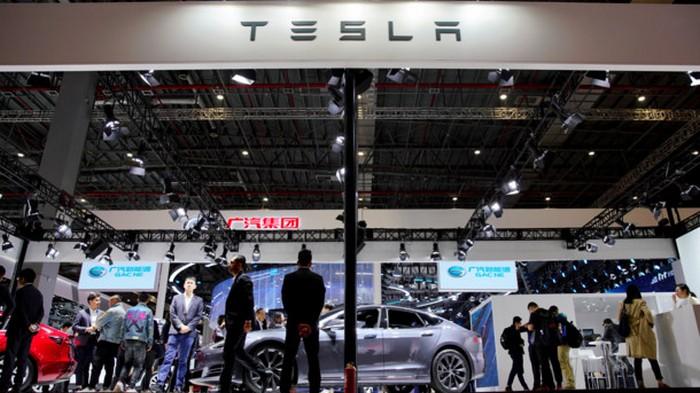 Tesla оказалась на грани банкротства: Илон Маск обратился к подчиненным